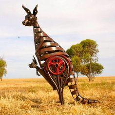 les-sculptures-en-recyclage-de-ferraille-de-Jordan-Sprigg-8