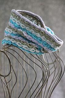 Ravelry: Striped Anemone Cowl pattern by Gretchen Tracy