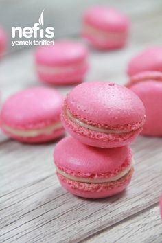 Tasty, Yummy Food, Dessert Recipes, Desserts, Macarons, Food Art, Doughnut, Mousse, Lunch Box