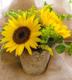 Sunflower Arrangements | Simple Sunflower and Burlap Centerpiece-Sunflower Simple Burlap ...