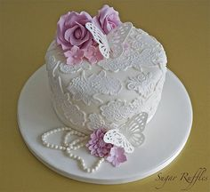 Vintage Lace Cake - by SugarRuffles @ CakesDecor.com - cake decorating website