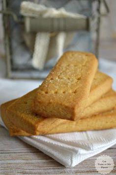 ¡Buenos días! No sé si estas galletas son las mejores del mundo, casi seguro que no, pero lo que sí sé, es que son unas de mis favoritas. Estamos totalmente enganchados a ellas. El problema es que no es fácil encontrarlas, al menos aquí en Oviedo, donde sólo es posible conseguirlas en el espacio... My Recipes, Cookie Recipes, Favorite Recipes, Beignets, Cookies Receta, Puerto Rico Food, Muffins, Cookie Packaging, Kinds Of Cookies