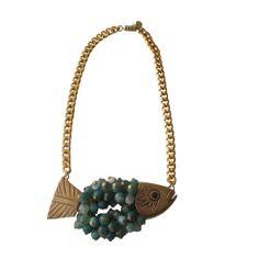 collar pez de latón y ágatas tonos verdes www.circojewellery.com