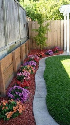 Large backyard landscaping ideas are quite many. However, for you to achieve the best landscaping for a large backyard you need to have a good design. Large Backyard Landscaping, Backyard Ideas For Small Yards, Backyard Garden Design, Small Garden Design, Landscaping Tips, Backyard Patio, Patio Ideas, Fence Ideas, Small Patio