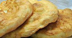 reteta langosi, langosi ca in Slovacia Hamburger, Food And Drink, Bread, Desserts, Tailgate Desserts, Deserts, Brot, Postres, Baking