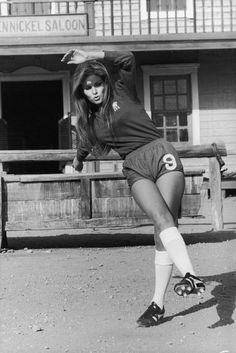 American actress Raquel Welch on the Spanish set of the western 'Hannie Caulder', directed by Burt Kennedy, She is wearing a number 9 Chelsea Football Club (CFC) strip. Chelsea Fc, Chelsea Football Club, Chelsea Girls, Rachel Welch, Rita Hayworth, Jane Birkin, Sophia Loren, Terry O Neill, Illinois