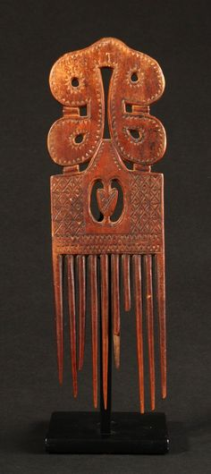 Africa | Comb from the Ashanti people of Ghana | Wood, with a rich brown patina