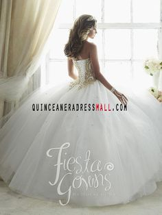 New white quinceanera dresses ball gown 2016 sweetheart neckline appliques with beaded puffy princess dresses 56286_Quinceanera Dresses 2016_Quinceanera Dresses 2016,sweet 15 dresses 2016,Dama Dresses 2016,Little Girl Pageant Dresses 2016,Tutu dress 2016,New Style Quinceanera Dresses 2016 on Quinceaneradressmall.com