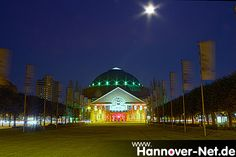 HCC Kuppelsaal @ Night, Illuminiert wegen der GardenLounge Party im Beethovensaal
