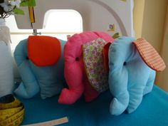 Elefantes para decorar o quarto do seu bebé