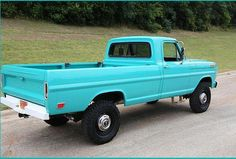 cars and trucks Old Pickup Trucks, Lifted Ford Trucks, Dodge Pickup, Lifted Chevy, 4x4 Trucks, Custom Trucks, Classic Pickup Trucks, Lifted Cars, Trucks And Girls