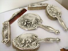 ANTIQUE ART NOUVEAU SILVER HAND MIRROR HAIR CLOTHS BRUSHES CHESTER 1907 ORCHIDS