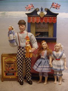 PUNCH AND JUDY SHOW by Debbie DP, via Flickr