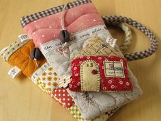 Pouches & Houses