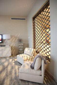I want a moroccan panel window!