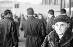 Lina Merlin. Storia della donna che è entrata nella storia firmando la legge che abolì le case chiuse per sempreelleitalia Che Guevara, Winter Hats, Case, Couple Photos, Merlin, Couples, Fashion, Couple Shots, Moda