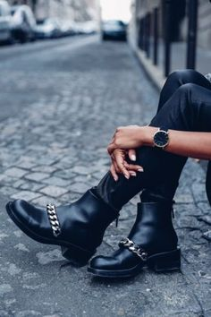 2016 sind rockige Ankle Boots in!