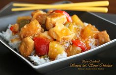 This no-fuss Slow Cooked Sweet And Sour Chicken meal hits all of the same flavor points without the breading of traditional sweet and sour chicken. Crockpot Dishes, Crock Pot Slow Cooker, Crock Pot Cooking, Slow Cooker Recipes, Crockpot Recipes, Cooking Recipes, Cooking Ideas, Melissas Southern Style Kitchen, Chinese Chicken Recipes