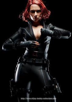 Scarlett Johansson action figure \o/