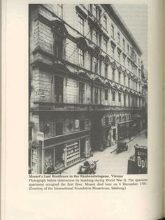 An ancient PHOTO that show the house (before his demolition occurred during II world war)  built over the house where Mozart died that was demolished about 1849