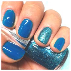 Just did mah nails :) came out a little more blue in the picture though