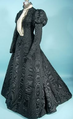 1905 Black Watered (Moire) Silk 2-piece Gown!  Watered silk (or moire) was worn for both evening wear as well as acceptable for mourning.