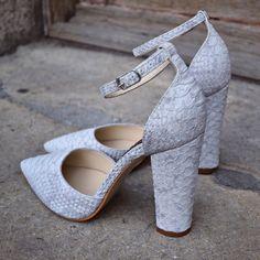 #the5thelementshoes #rosettishowroom #springsummer #pumps #stiletto #blockheels