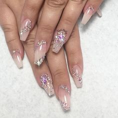 35 Simple Ideas for Wedding Nails Design 2 - Nails Art Ideas Glam Nails, Bling Nails, Cute Nails, Pretty Nails, Stiletto Nails, Coffin Nails, Glitter Nails, Acrylic Nails, Simple Wedding Nails