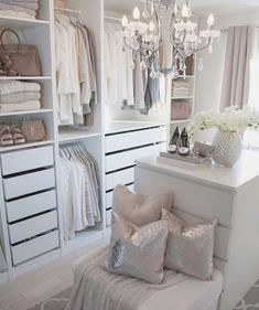 73 Useful Walk in Closet Design Ideas for Every Woman Organizing Clothing & Accessories - - Incredible Small Walk in Closet Ideas & Makeovers. Did not you like this walk in closet idea? Walk In Closet Small, Walk In Closet Design, Bedroom Closet Design, Wardrobe Design, Closet Designs, Bedroom Decor, Narrow Closet, Small Dressing Rooms, Dressing Room Decor