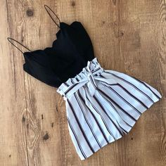 15 beautiful cute summer outfits fashion and travel loggers summer fashion ideas Club Outfits Beautiful Cute Fashion ideas loggers Outfits Summer Travel Cute Casual Outfits, Cute Summer Outfits, Outfits For Teens, Stylish Outfits, Casual Summer, Summer Shorts, Summer Wear, Cute Shorts Outfits, Black Shorts Outfit Summer