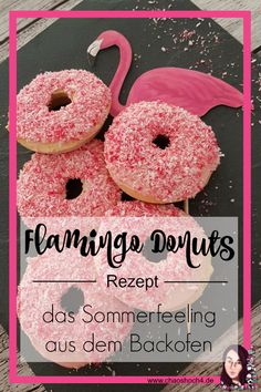Flamingo donuts - Whether for a freakshake, a flamingo summer themed party or just like that. These flamingo donuts a - Healthy Donuts, Delicious Donuts, Chocolate Donuts, Gluten Free Chocolate, Mousse Au Chocolat Torte, Summer Party Themes, Cocktail Party Food, Gluten Free Donuts, The Bride
