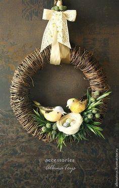 40 ОРИГІНАЛЬНИХ ІДЕЙ ВИГОТОВЛЕННЯ ВЕЛИКОДНІХ ВІНОЧКІВ   Ідеї декору Easter Flower Arrangements, Floral Arrangements, Spring Projects, Spring Crafts, Easter Wreaths, Holiday Wreaths, Easter Crafts, Christmas Crafts, Creation Deco