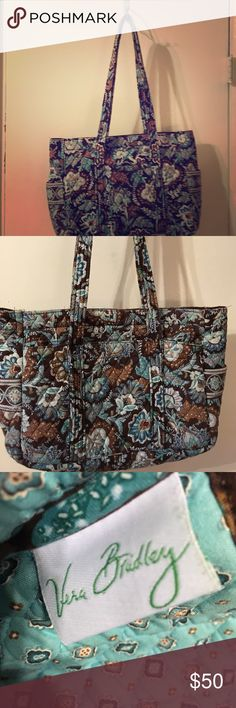 "Vera Bradley weekend bag 12"" X 14"" X 5"" overnight paisley print bag with pockets on all sides & two pockets on inside with zipper closure. Comes from a pet free & smoke free home. Used in great condition Vera Bradley Bags Travel Bags"