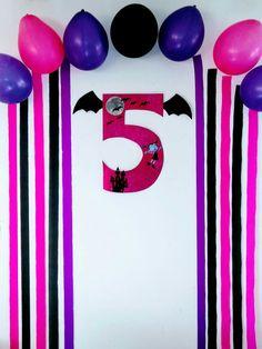 Vampirina Halloween Birthday, 4th Birthday Parties, Birthday Diy, Birthday Ideas, Birthday Party Decorations Diy, Party Themes, Party Ideas, Party Food Labels, Party Rock