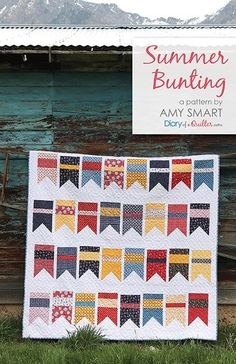Video tutorial demonstration of the popular Pine Hollow Patchwork Forest improv tree quilt block by Amy Smart of Diary of a Quilter. Flag Quilt, Star Quilt Blocks, Patch Quilt, Quilt Block Patterns, Quilt Top, Baby Quilt Tutorials, Quilting Tutorials, Quilting Projects, Quilting Designs