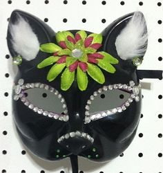 Hey, I found this really awesome Etsy listing at http://www.etsy.com/listing/177450348/black-cat-mask
