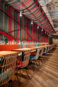 Restaurant Ideas - One of the main design elements in this new Miami restaurant, is a wall that's adorned with a multi-color handwoven macramé rope mural. Miami Restaurants, Unique Restaurants, Colorful Restaurant, Peruvian Restaurant, Cafe Restaurant, Restaurant Ideas, Restaurant Interior Design, Cafe Design, Rustic Interiors