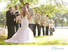 Favorite Wedding Photography Pics, Glowy Light, Wedding Ceremony under an Oak tree, White Oaks Ranch, Pilot Point, J May Photography