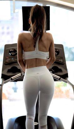 Gym Bunny Amber