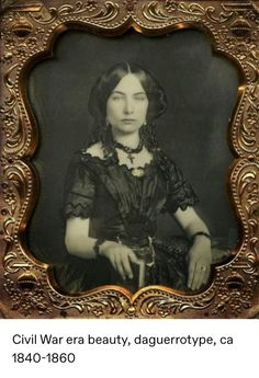 Daguerreotype of an unidentified woman, photographed by Thomas Martin Easterly, ca. From the Easterly Daguerreotype Collection of… Victorian Photos, Victorian Women, Antique Photos, Vintage Pictures, Vintage Photographs, Old Pictures, Victorian Era, Old Photos, Victorian Portraits