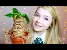 Ever wanted your own beautiful baby mandrake? I show you how to make your very own DIY one! Thank You for Watching! What is your favourite Harry Potter beast. Harry Potter Beasts, Magie Harry Potter, Harry Potter Mandrake, Harry Potter Potions, Harry Potter Decor, Harry Potter Characters, Harry Potter Memes, Harry Potter Miniatures, Potter Facts