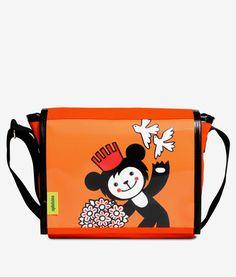 Apfelsina Shoulder Bag Mischka. Handmade in Berlin. Now available at our online store. www.apfelsina.de