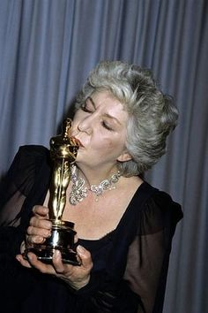 "Maureen Stapleton - Best Supporting Actress Oscar for ""Reds"" 1981"