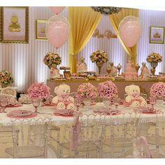 #mulpix Festa: Ursinha Princesa  |Decor: @behappygoiania  #DentroDaFesta. . .  #party  #ideias  #festa  #cake  #design  #sweet  #cakelook  #birthdaycake   #decoracao  #decoracaoinfantil   #kidsparty  #kidsparties  #princesa  #princess  #princessparty  #festaprincesa  #instagram  #instacelebrate  #instacake  #instaparty  #fiestainfantil  #adora  #adoraprincess   #aracaju  #sergipe  #vilavelha  #vitoria  #ursinha