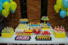 Decoración de Fiesta de Los Simpsons http://tutusparafiestas.com/decoracion-fiesta-los-simpson/