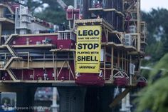 Over 900,000 of us are asking @LEGO_Group to #BlockShell! Let's get to 1 Million! Sign and RT http://grnpc.org/IgHhj
