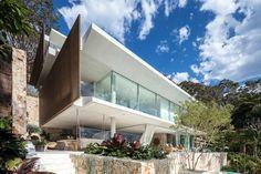 Gallery of The Waterfront Retreat / Koichi Takada Architects - 1