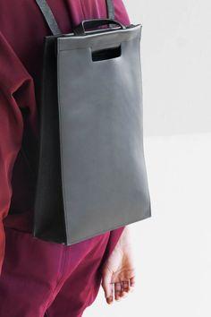collections   CHIYOME - Minimalist Handbags