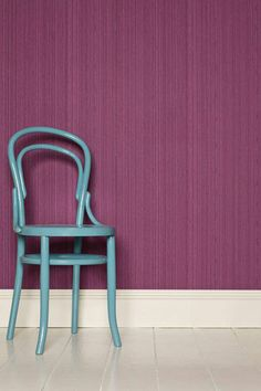 purple Farrow-Ball wallpaper Drag DR 1292 on walls, Pantone color of the year 2014 radiant orchid Turquoise Chair, Orchid Color, Bright Purple, Magenta, Design Seeds, Farrow Ball, Color Of The Year, Color Combos, Color Schemes