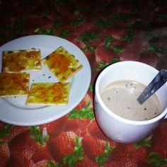 #Merienda :) #Cappuccino #galletitasconmermelada